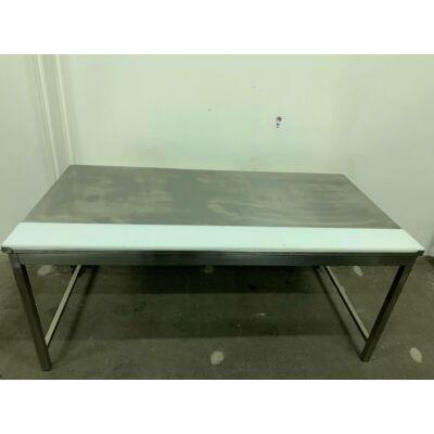 Nagyméretű húsfeldolgozó asztal 2000x1000mm
